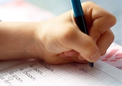 What Causes Left Handedness?