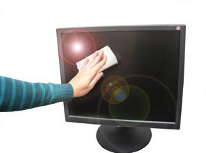 How to Clean an LCD Screen